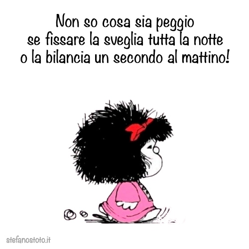 Mafalda tra sveglia e bilancia